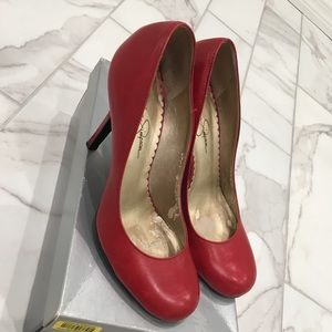 Jessica Simpson red round toe pumps. Size 7.5
